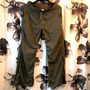 Green Lululemon size 10 unlined dance studio pants